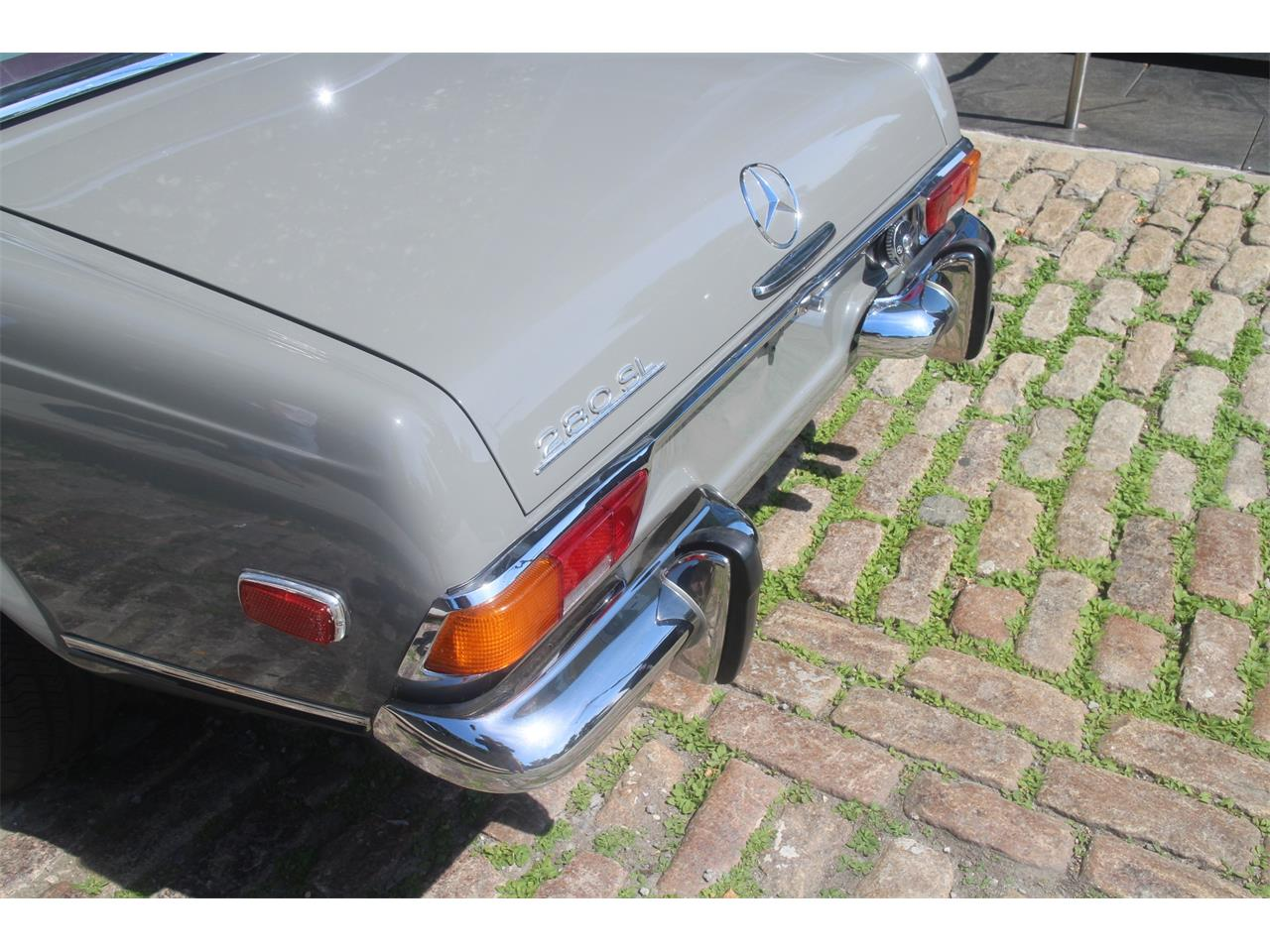 1971 Mercedes-Benz 280SL for sale in NEW YORK, NY – photo 22