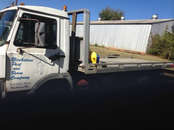 IVECO 1989 ROLLBACK PROJECT CHEVRON 20 ft ALUMINUM BED AND SPARE TRUCK for sale in Athens, GA