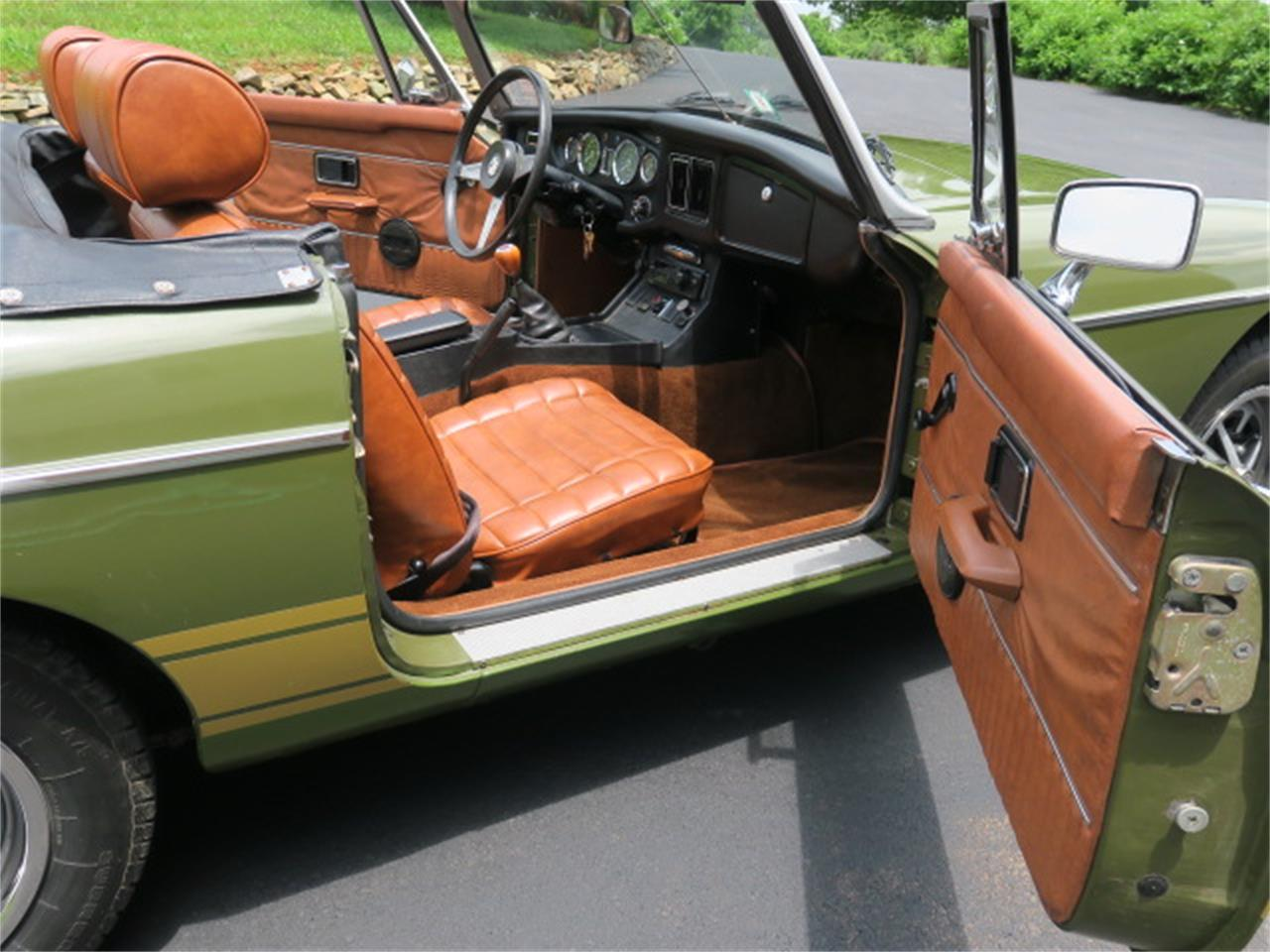 1975 MG MGB for sale in Leesburg, VA – photo 17