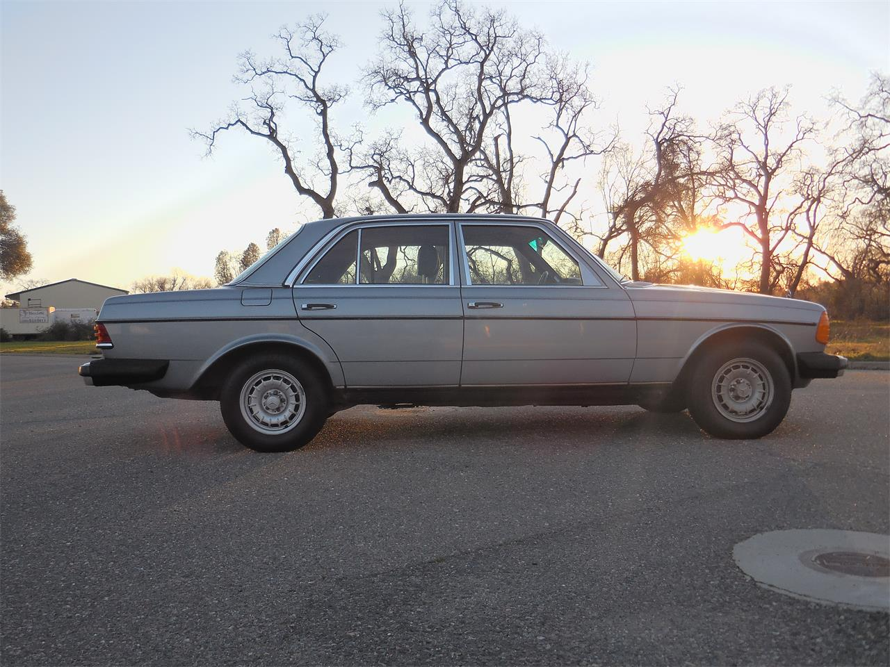 1982 Mercedes-Benz 300D for sale in Anderson, CA – photo 3