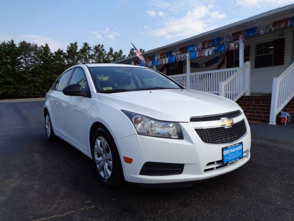 2014 Chevrolet Cruze One Owner Immaculate Condition for sale in Rustburg, VA – photo 9