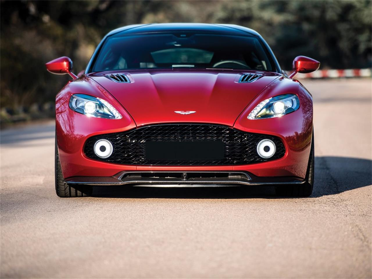 2019 Aston Martin Vanquish for sale in Cernobbio, Other – photo 8