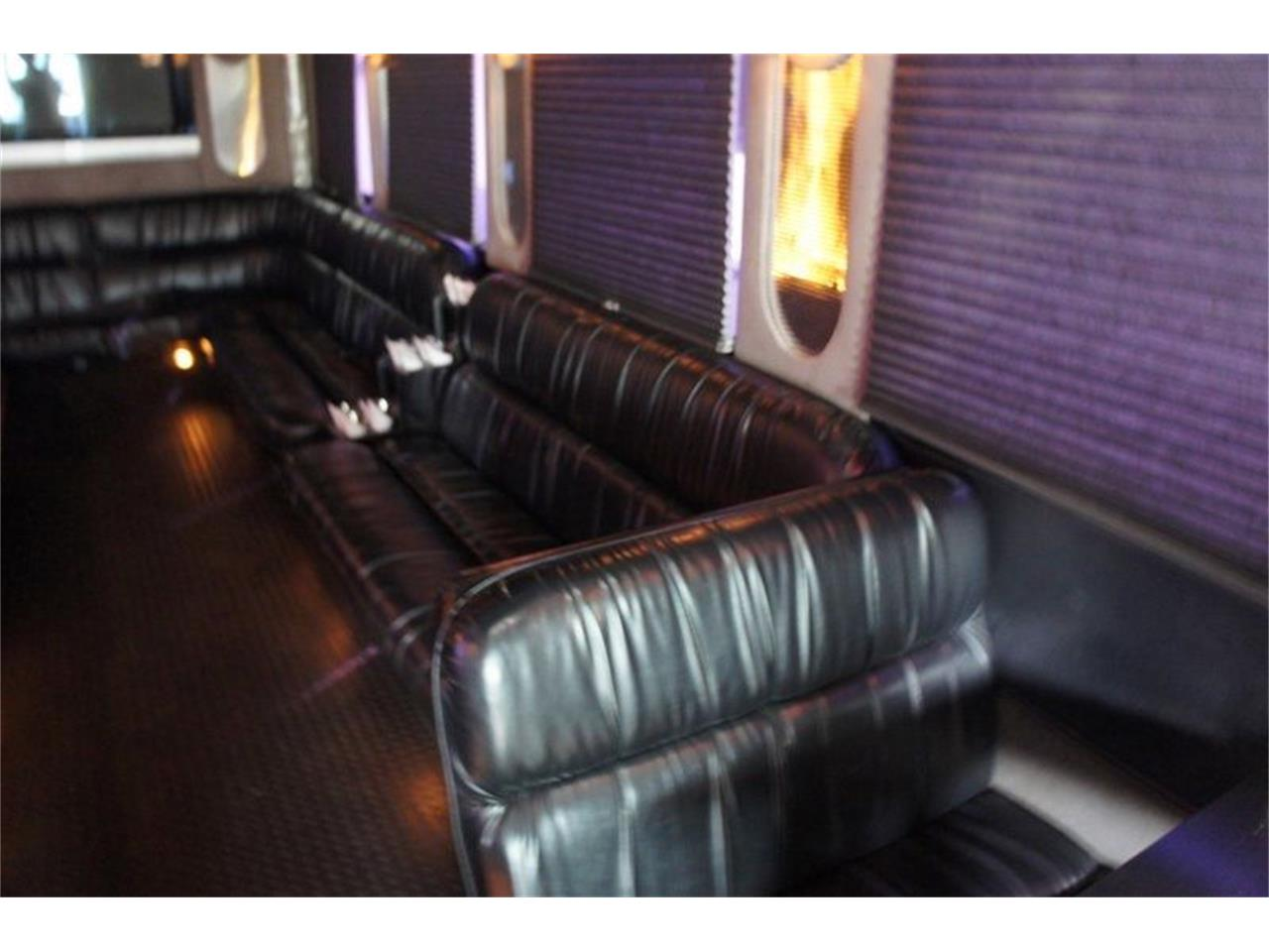 2001 Freightliner Bus for sale in Stratford, NJ – photo 13