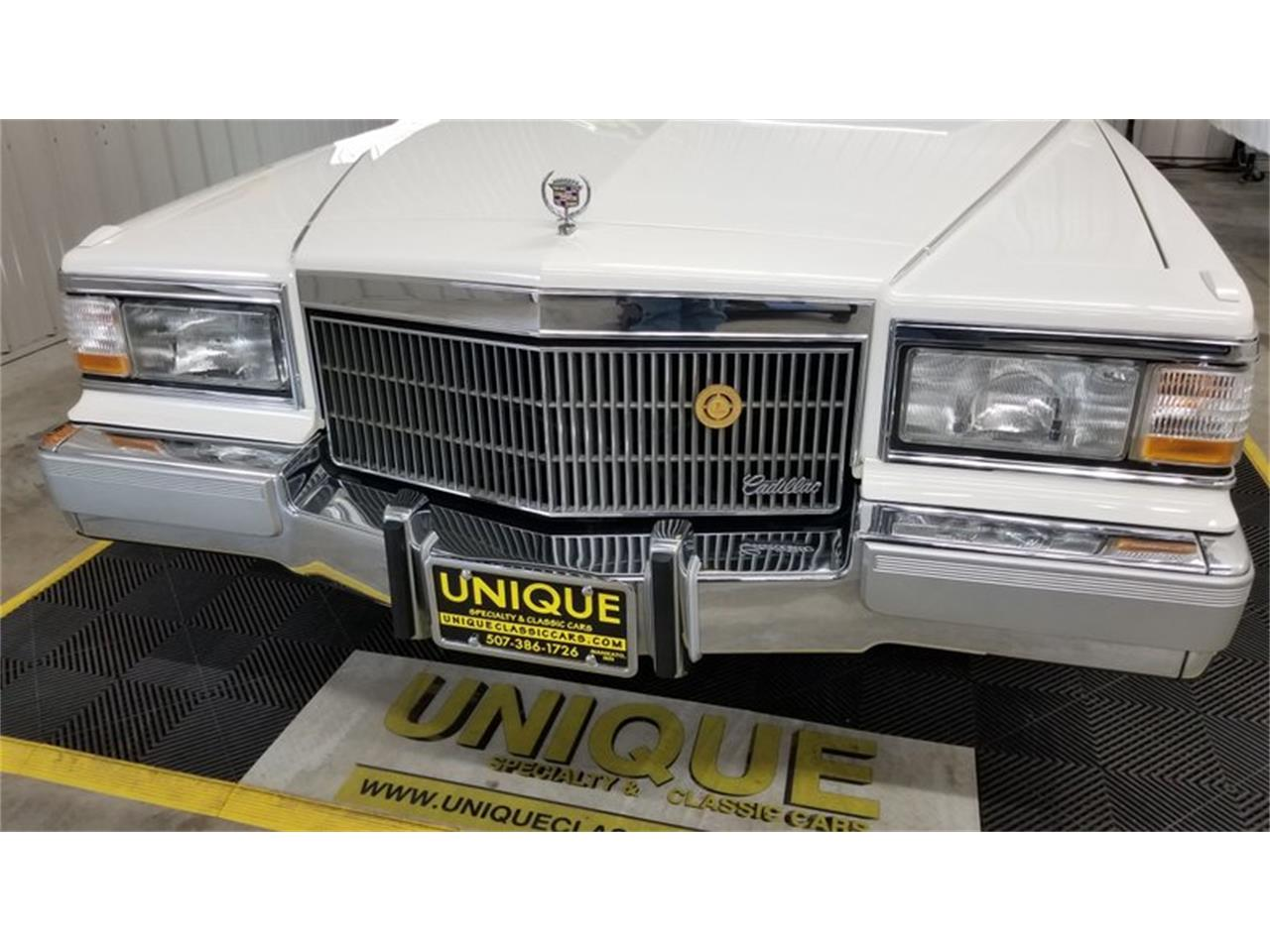 1991 Cadillac Brougham for sale in Mankato, MN – photo 9