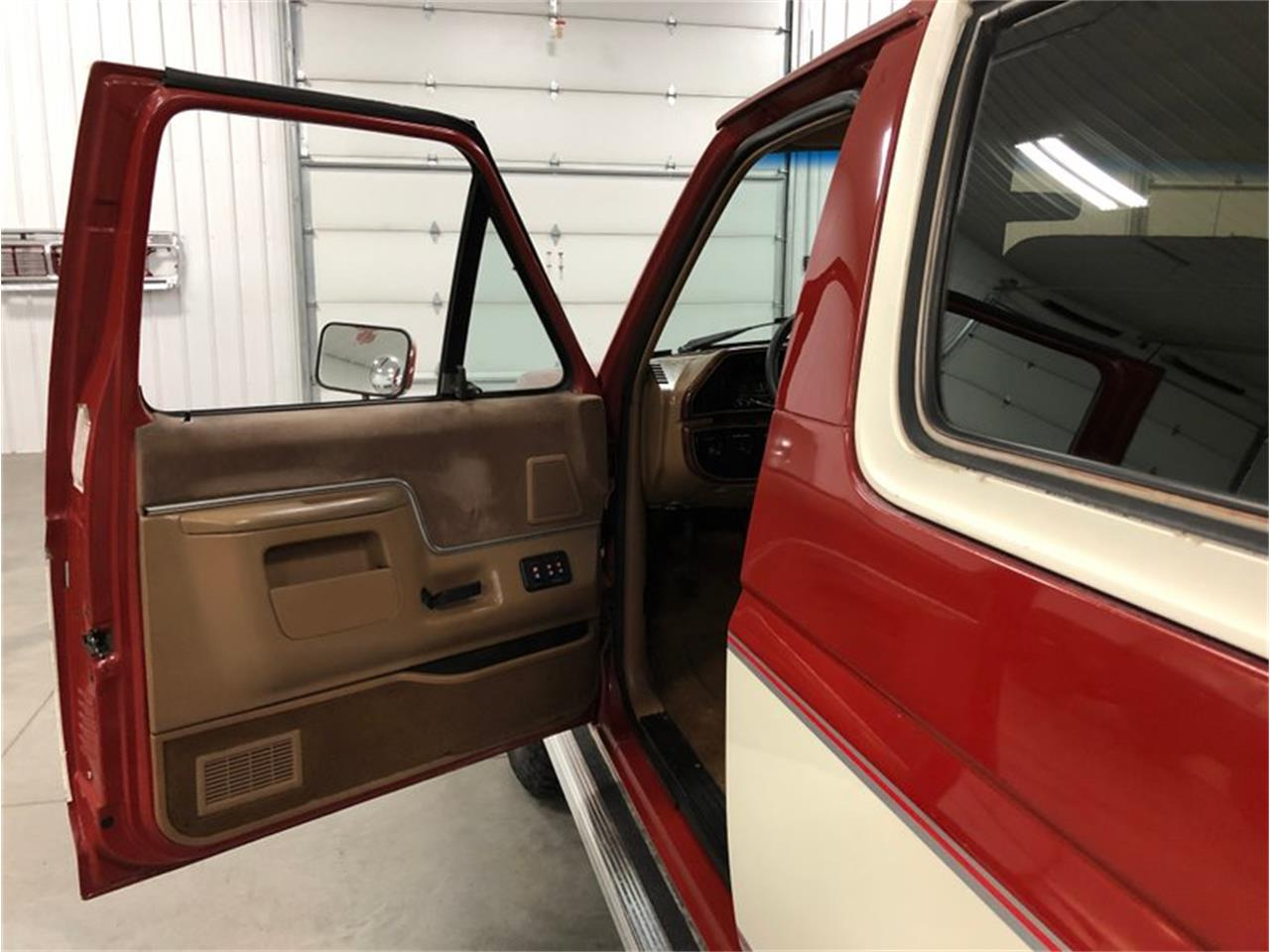 1987 Ford Bronco for sale in Holland , MI – photo 24