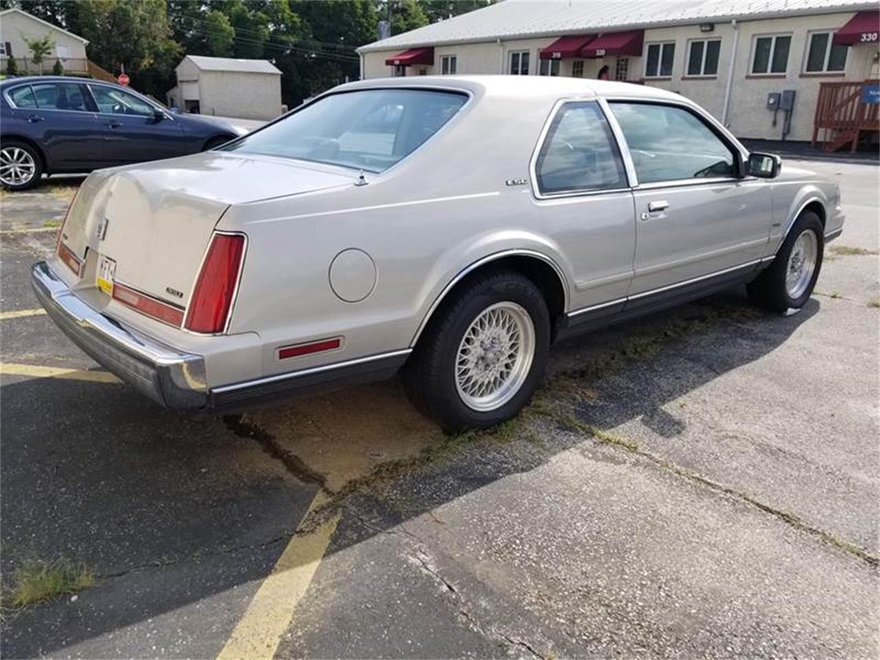 1990 Lincoln Mark VII for sale in Clarksburg, MD – photo 6