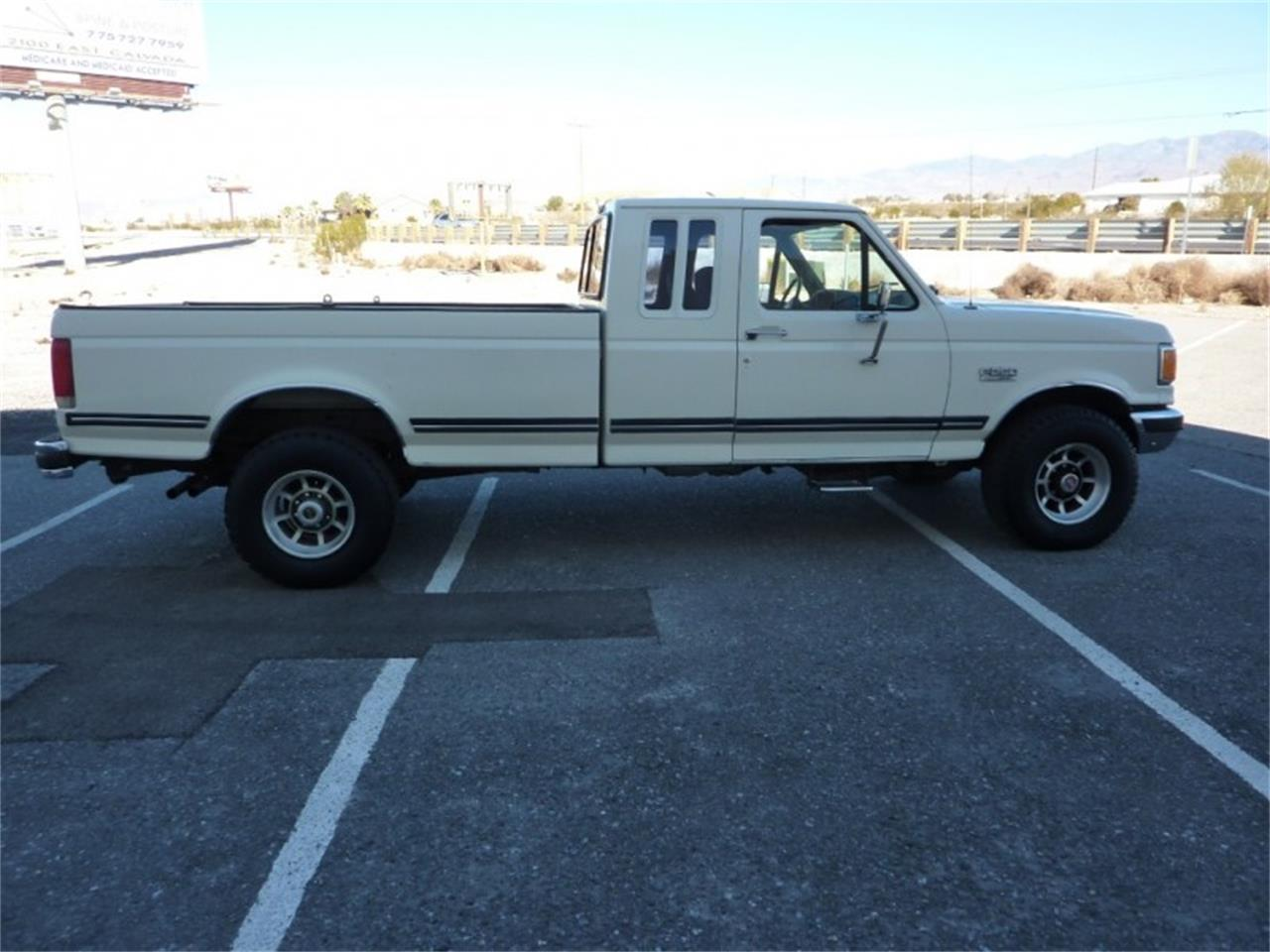 1989 Ford 3/4 Ton Pickup for sale in Pahrump, NV – photo 35