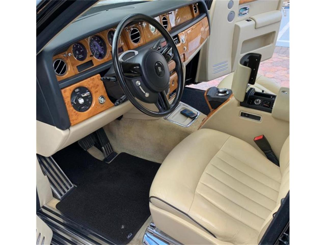 2006 Rolls-Royce Phantom for sale in Valley Park, MO – photo 24