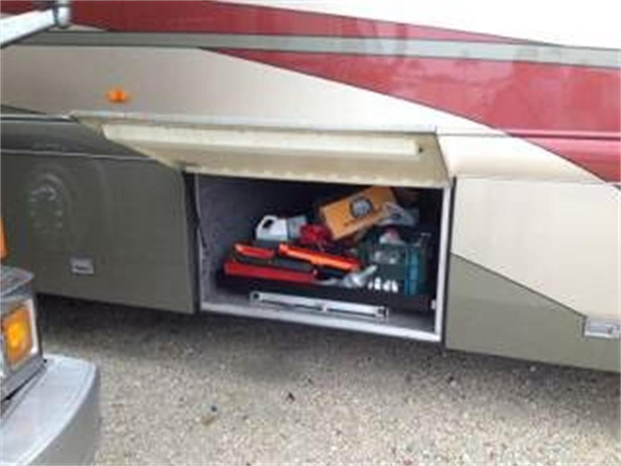 2002 Country Coach Intrigue for sale in Cadillac, MI – photo 14