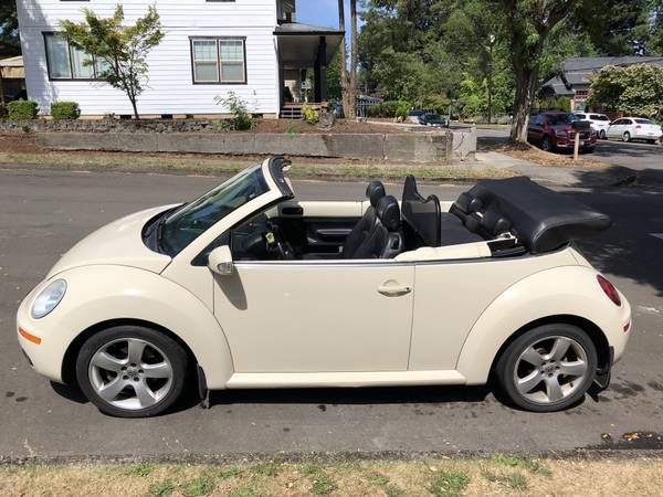 2006 VW Bug Convertible Volkswagen Beetle for sale in Fairview, OR – photo 17
