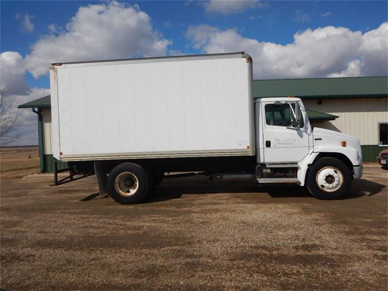1998 Freightliner FL60 for sale in Clarence, IA – photo 5