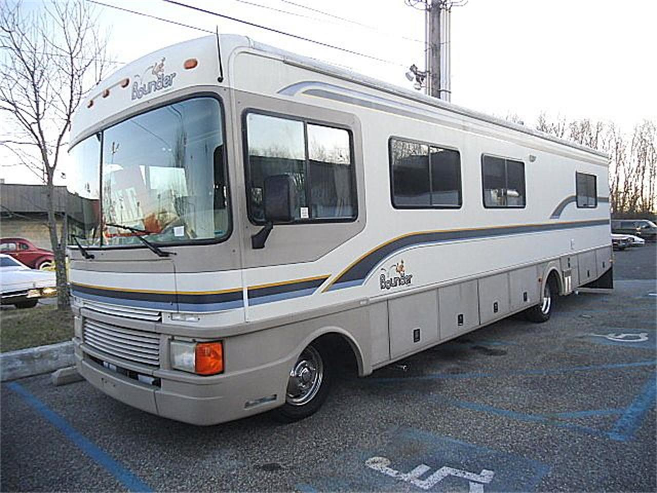 1997 Fleetwood Bounder for sale in Stratford, NJ