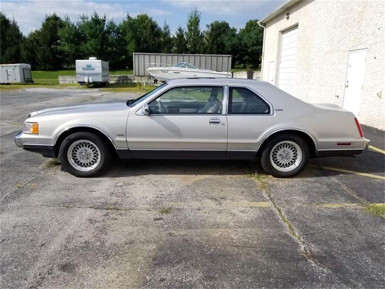 1990 Lincoln Mark VII for sale in Clarksburg, MD – photo 3