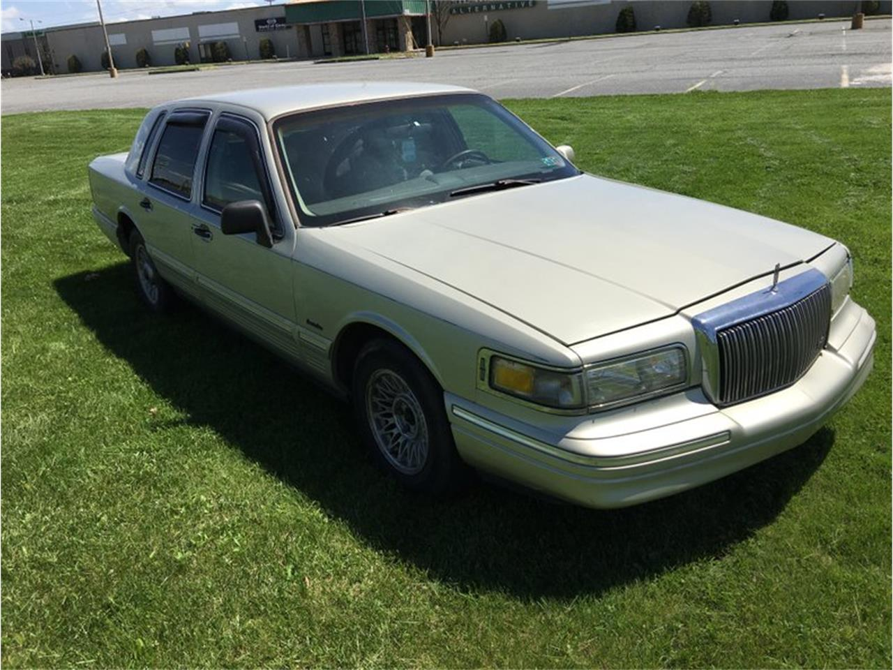 1997 Lincoln Town Car for sale in Morgantown, PA – photo 8