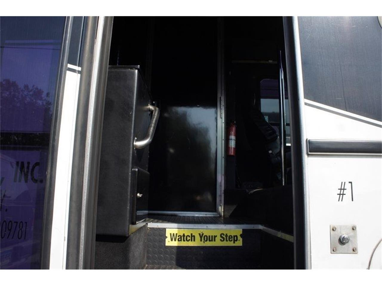 2001 Freightliner Bus for sale in Stratford, NJ – photo 7