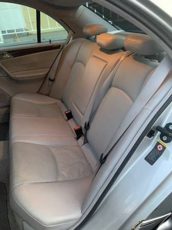 Mercedes Benz C240 4-door 150k miles for sale in Silver Spring, District Of Columbia – photo 6