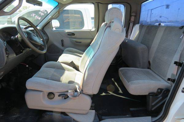 2001 Ford F150 XL Extended Cab 4x4 for sale in Monroe, LA – photo 6