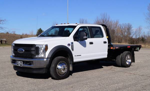 2018 Ford F550 XL - 9ft Flatbed - 4WD 6.7L V8 Utility Dump Box Truck... for sale in Dassel, MT – photo 3