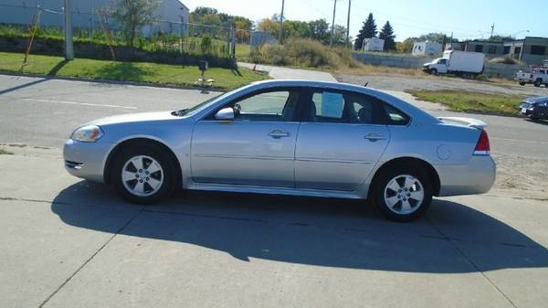 09 chevy impala LT 97,000 miles clean car $5500 **Call Us Today For... for sale in Waterloo, IA – photo 3