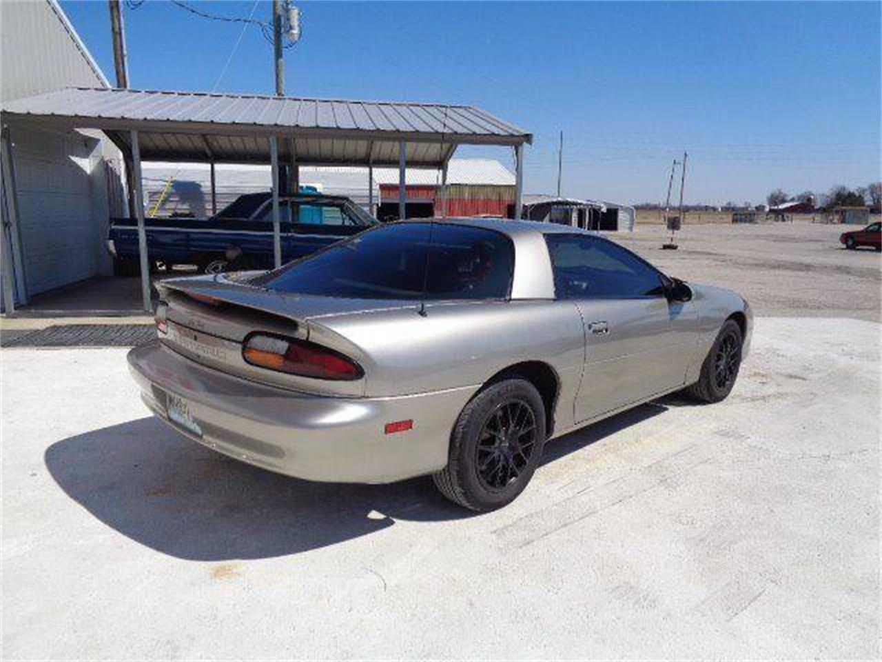 2001 Chevrolet Camaro for sale in Staunton, IL – photo 7