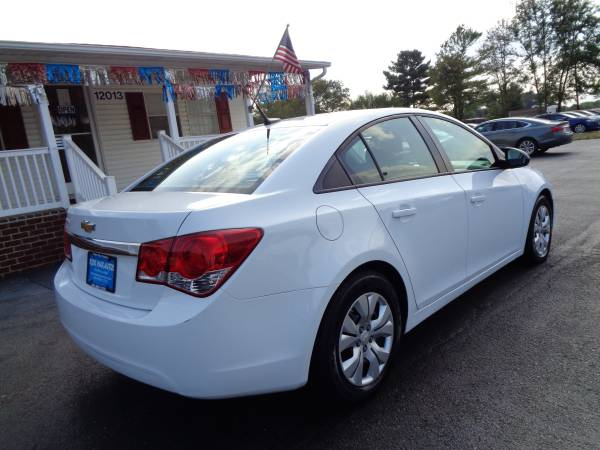2014 Chevrolet Cruze One Owner Immaculate Condition for sale in Rustburg, VA – photo 7