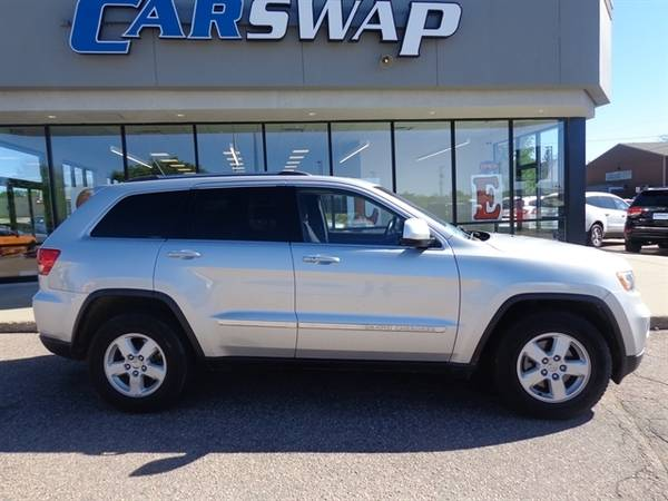 2011 Jeep Grand Cherokee Laredo for sale in Sioux Falls, SD – photo 2