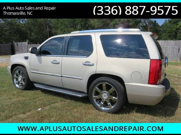 2009 Cadillac Escalade Base AWD 4dr SUV for sale in Thomasville, NC – photo 3