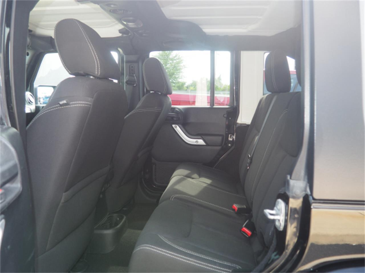 2013 Jeep Wrangler for sale in Marysville, OH – photo 16