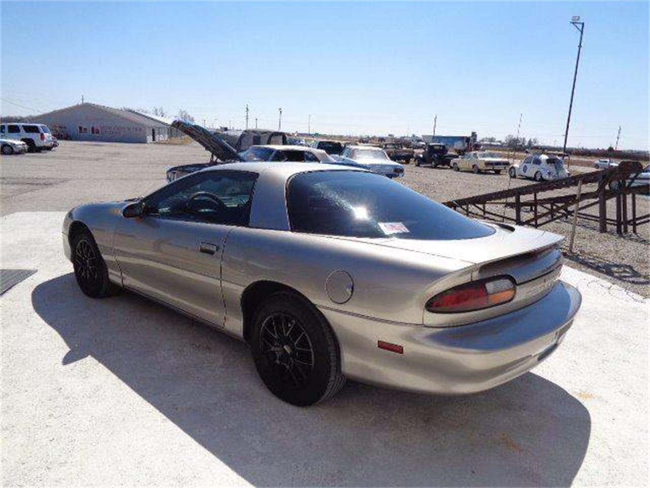 2001 Chevrolet Camaro for sale in Staunton, IL – photo 2