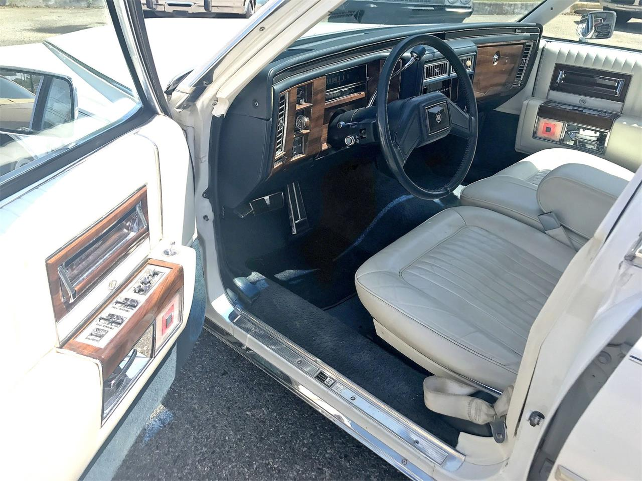 1987 Cadillac Fleetwood Brougham for sale in Stratford, NJ – photo 23