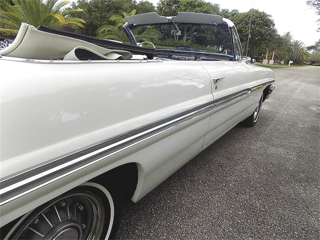 1961 Pontiac Bonneville for sale in Pompano Beach, FL – photo 12