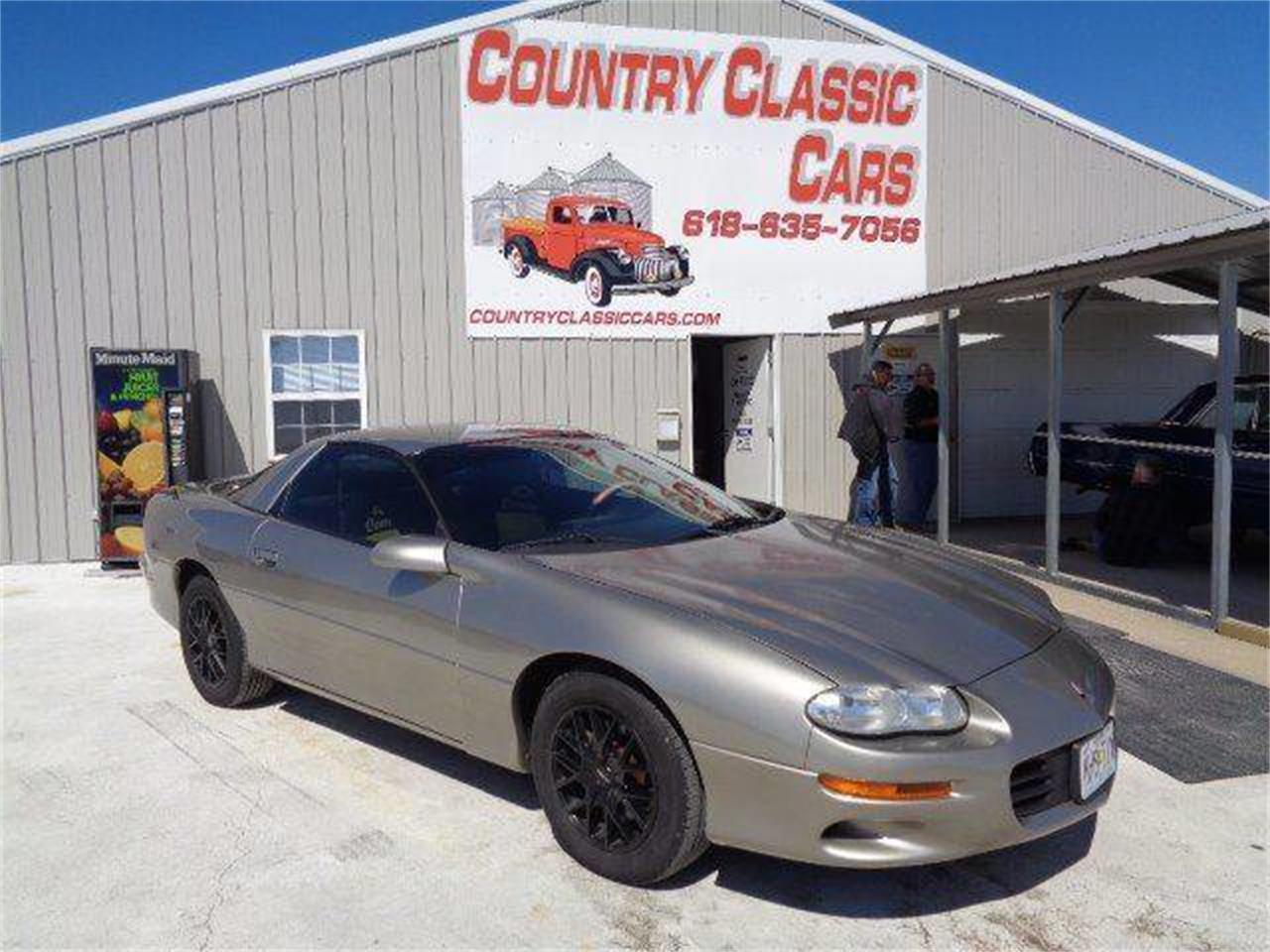 2001 Chevrolet Camaro for sale in Staunton, IL