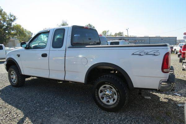 2001 Ford F150 XL Extended Cab 4x4 for sale in Monroe, LA – photo 2