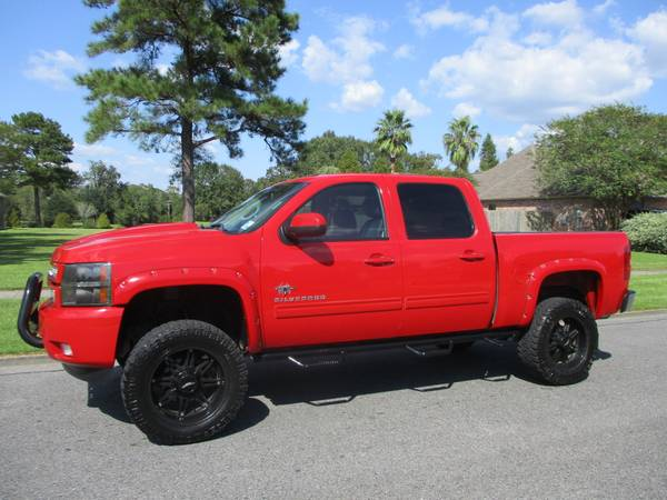 20012 Chevy Silverado 4x4 Black Widow for sale in Baton Rouge , LA – photo 2