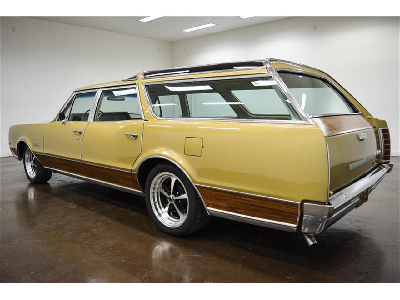 1967 Oldsmobile Vista Cruiser for sale in Sherman, TX – photo 5