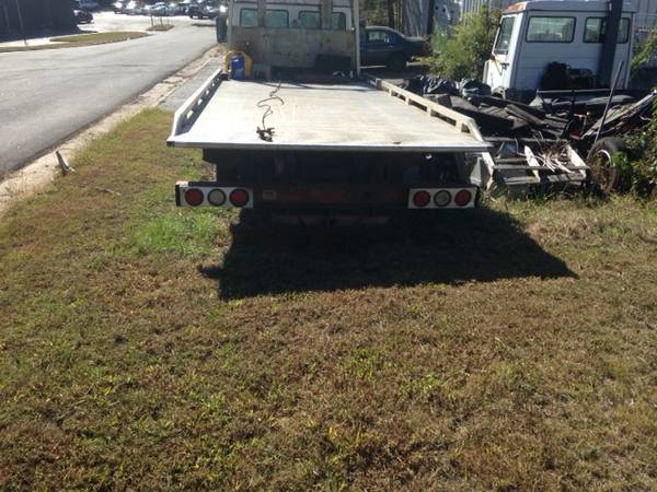 IVECO 1989 ROLLBACK PROJECT CHEVRON 20 ft ALUMINUM BED AND SPARE TRUCK for sale in Athens, GA – photo 4