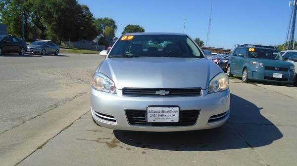 09 chevy impala LT 97,000 miles clean car $5500 **Call Us Today For... for sale in Waterloo, IA – photo 2