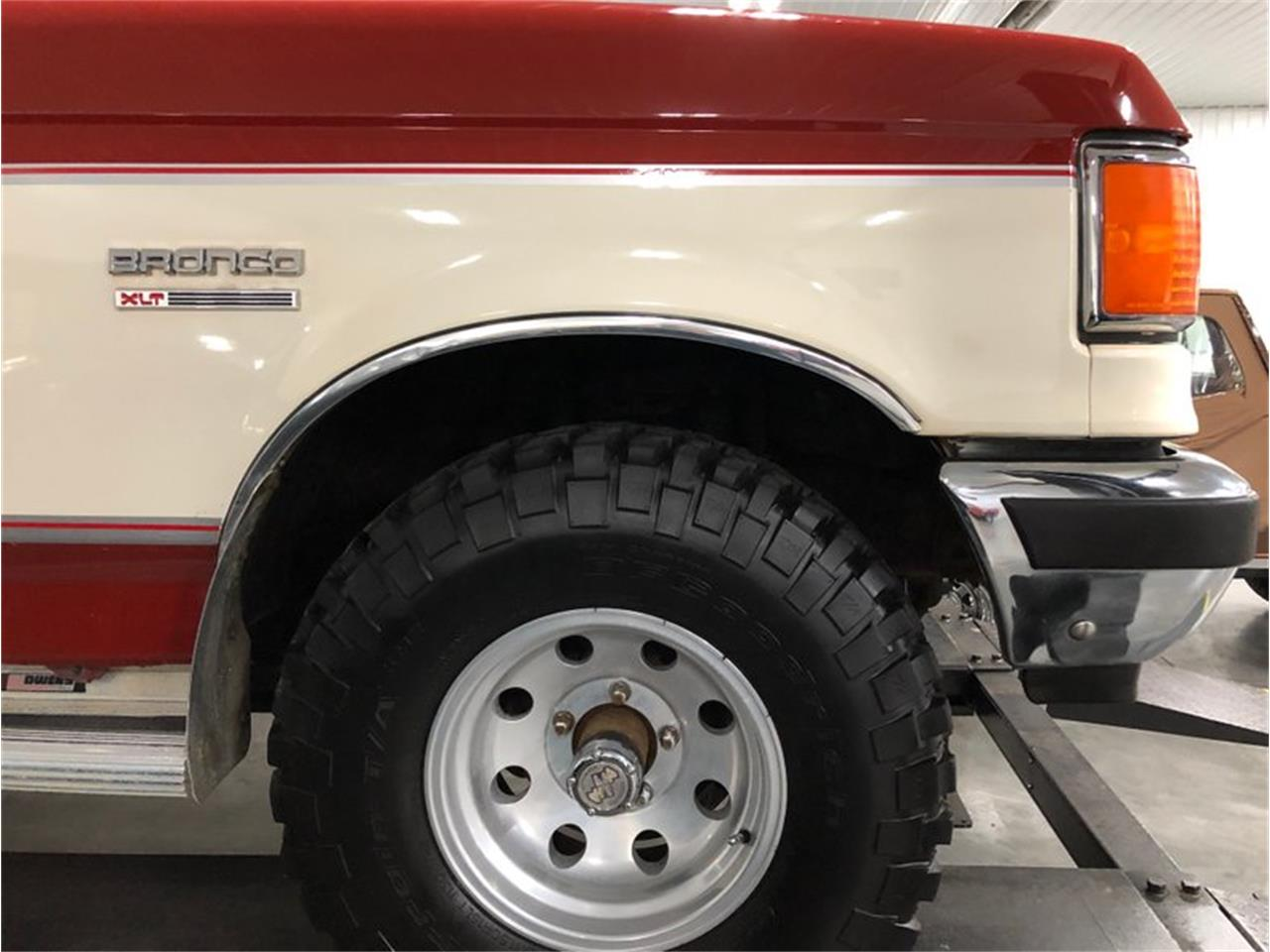 1987 Ford Bronco for sale in Holland , MI – photo 42