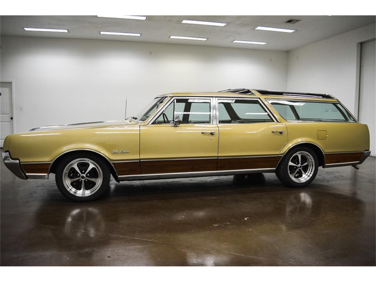 1967 Oldsmobile Vista Cruiser for sale in Sherman, TX – photo 4