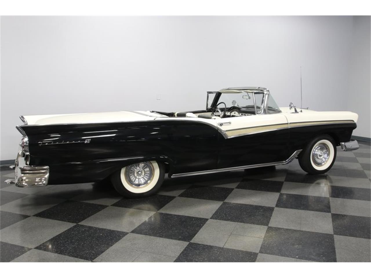 1957 Ford Skyliner for sale in Concord, NC – photo 13
