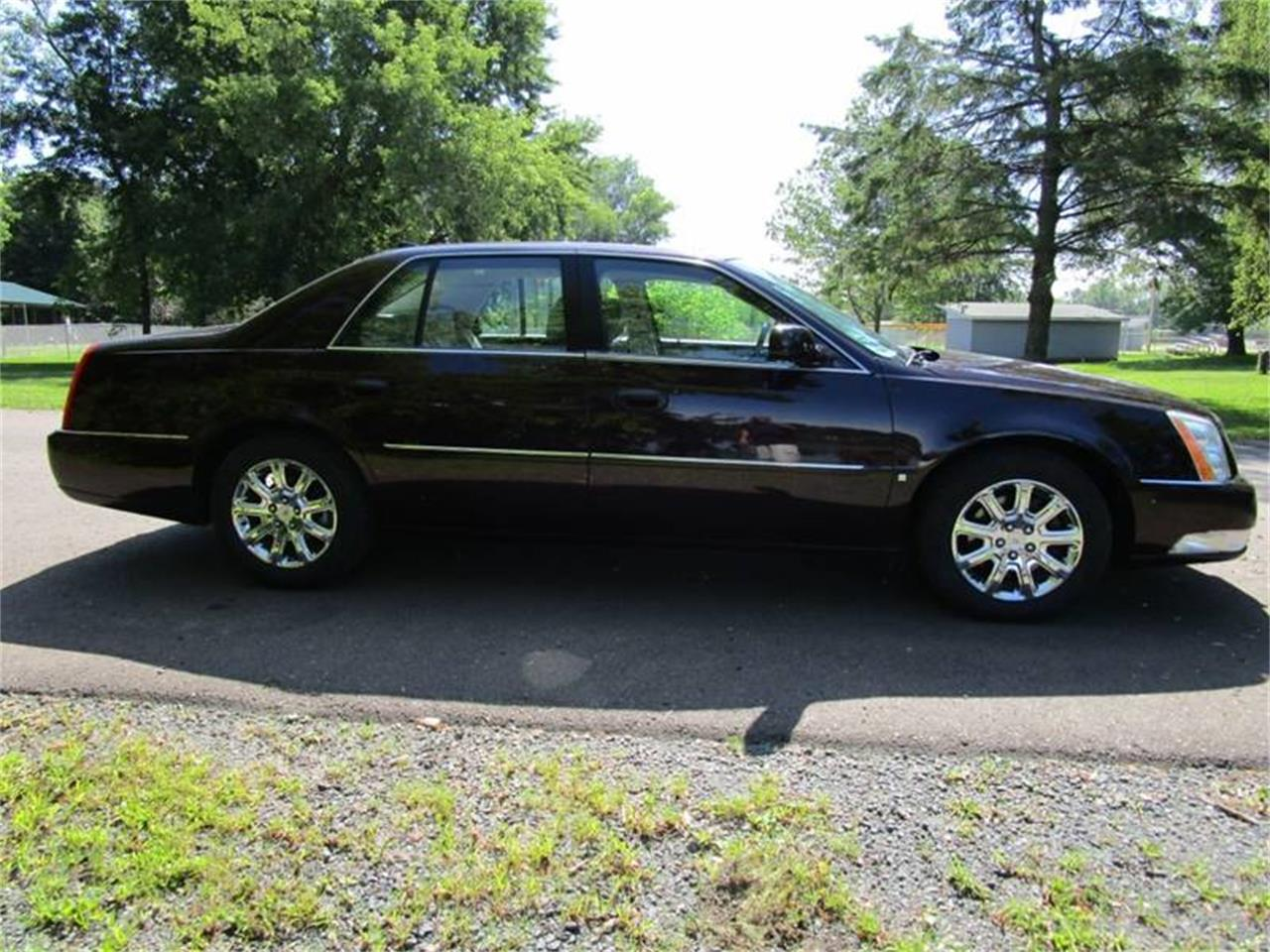 2009 Cadillac DTS for sale in Stanley, WI / ClassicCarsBay.com